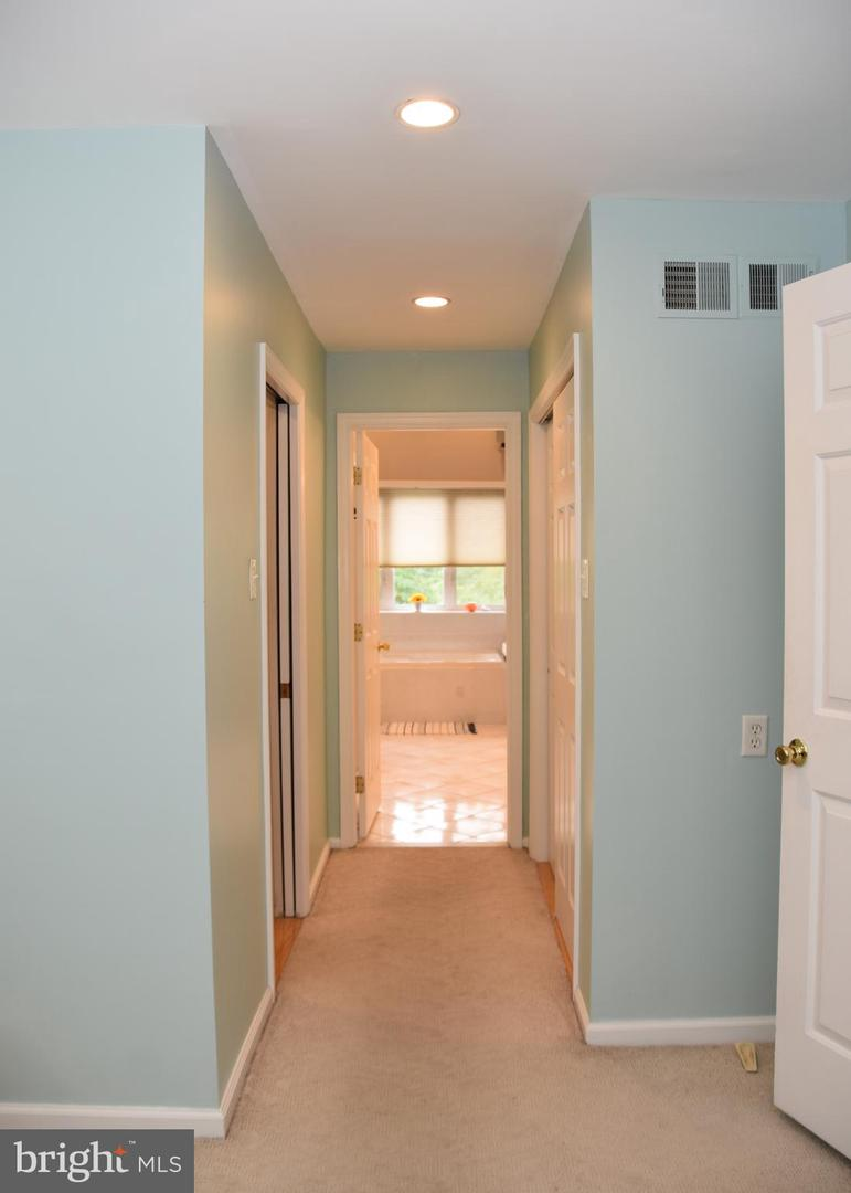 357 Crescent Hill Drive Havertown , PA 19083
