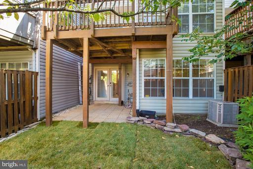 6807 Cedar Loch Ct Centreville VA 20121
