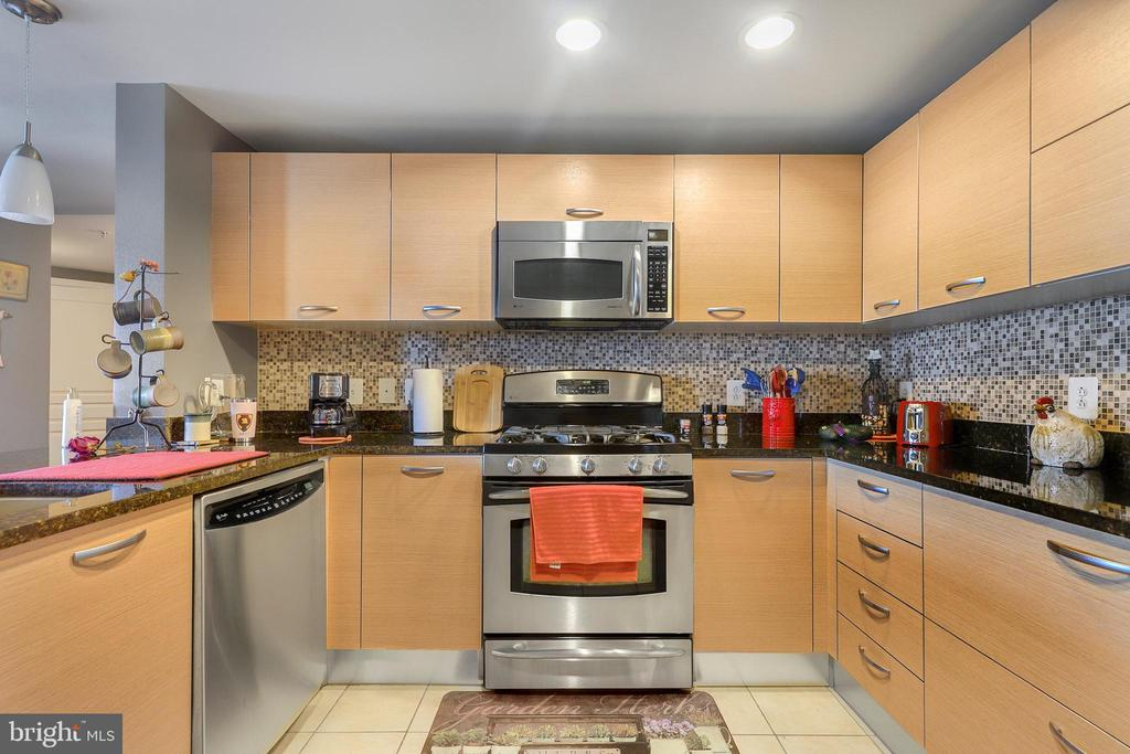 Photo of 2451 Midtown Ave #804