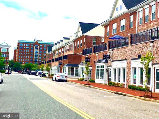 568 Marina Landing Lane
