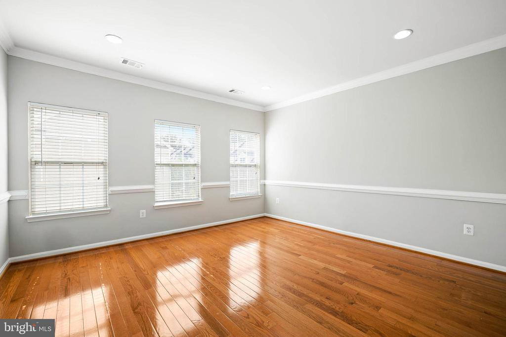 Photo of 2653 Park Tower Dr #313