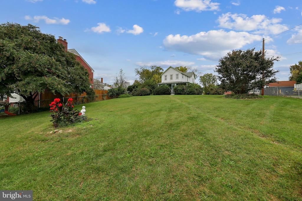 HUGE .74 ACRE LOT! Centrally located between North and South Arlington. 1.5 miles to Clarendon, 2 miles to Pentagon City. R-6 Zoning.  Seller is open to all offers. Survey in documents section.