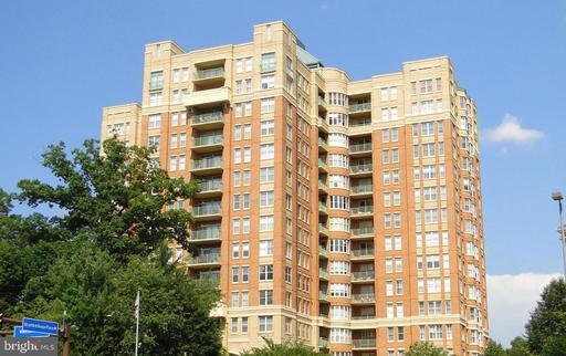 11776 Stratford House Pl #904