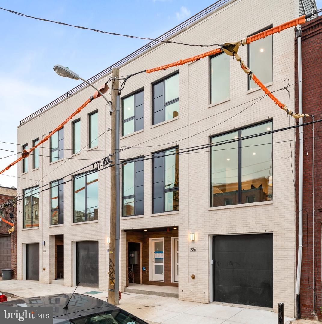 722 Manton Street Philadelphia, PA 19147