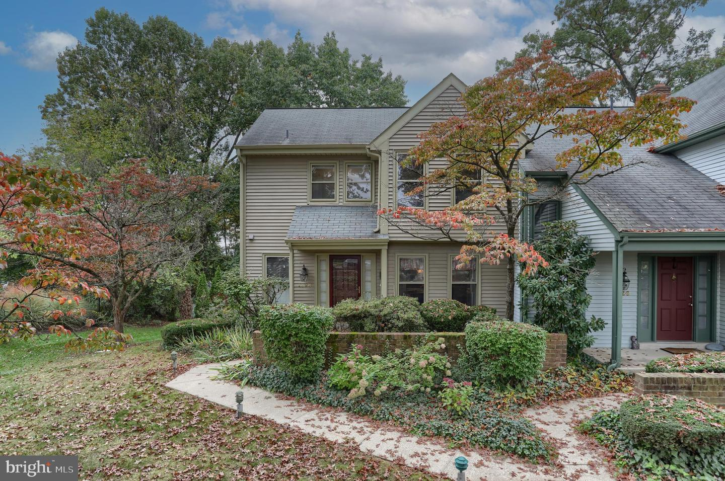 1128 Peggy Drive Hummelstown, PA 17036