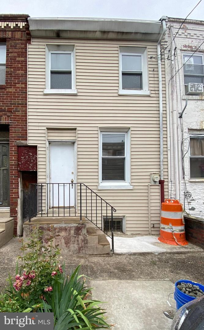 637 Mountain Street Philadelphia, PA 19148