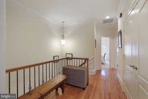 1860 Carpenter Rd Alexandria VA 22314