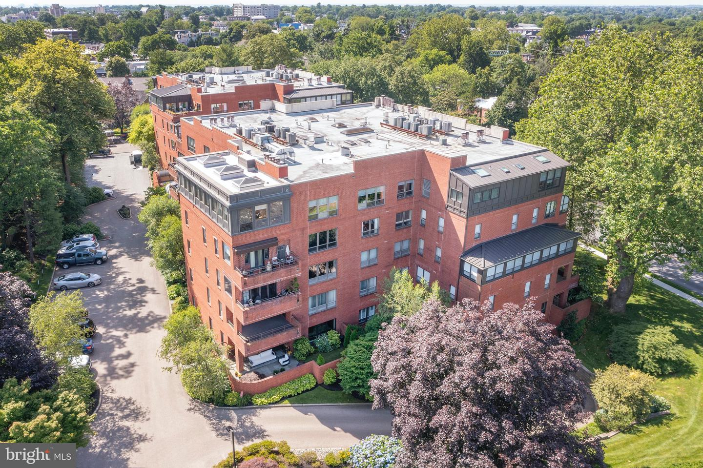 101 Cheswold Lane UNIT #2F Haverford, PA 19041