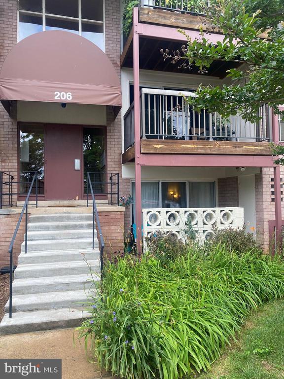206 Park Terrace Ct SE #36