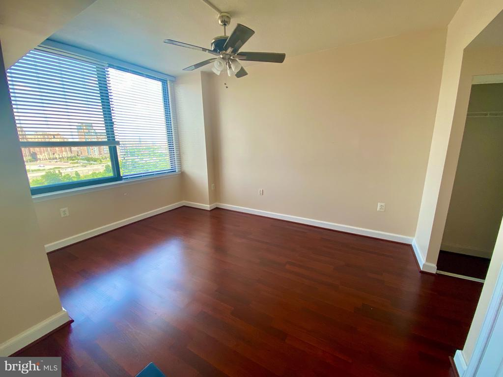 Photo of 2451 Midtown Ave #1302