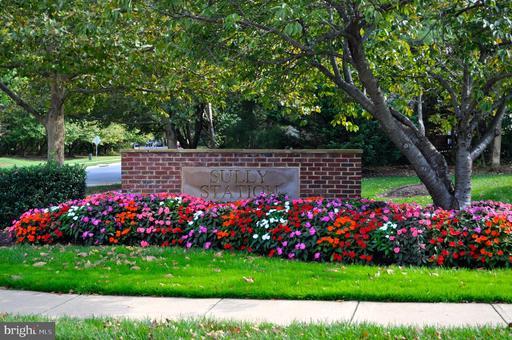 5230 Glen Meadow Rd Centreville VA 20120
