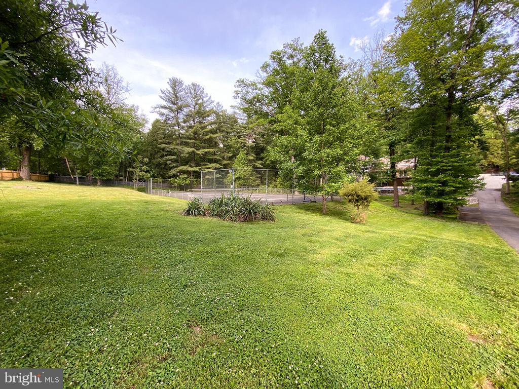 This is a rare opportunity to purchase 1.4 acres in the heart of Alexandria. This lot is also sited next to another one-acre lot for sale, providing the opportunity for even larger acreage.   The property is set on a wonderful wooded block with many 2-3 million dollar homes nearby.  The Shops at Foxchase are within walking distance and just a few minutes drive to 395, Reagan National Airport, Old Town, and Washington, DC.  **House and 2 Lots each available for individual sale -  *LOTS -  tax records = 029.04-06-08 (MLS# - VAAX2000638) and 029.04-06-10 (MLS# - VAAX2000636). HOUSE (MLS#VAAX2000632) ** THIS IS LOT 501 ON PLAT.