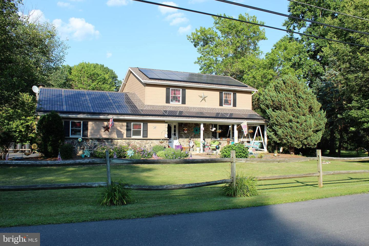 Photo of 813 MEADOW LN, CAMP HILL, PA 17011