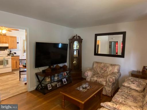 117 W 17th St, Front Royal 22630