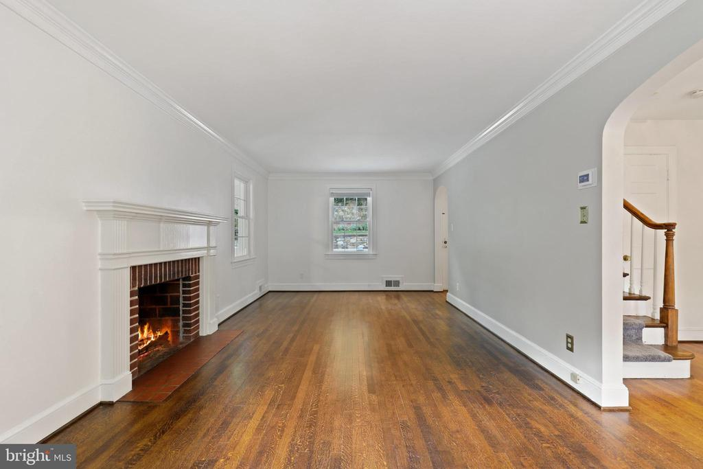Photo of 3301 Russell