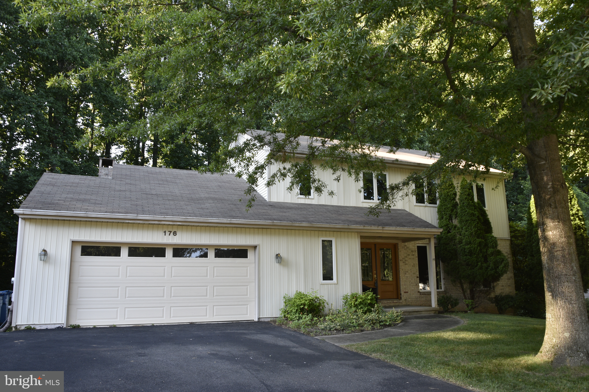 Located in Limestone Hills, this spacious (Fairhill model) 4 BR, 3 full bath (1/2 was just converted to full this month), backs to a large private wooded lot. The eat in kitchen is full of natural light, has hardwoods and has been updated with granite counters, maple cabinetry. The kitchen flows openly to the family room with vaulted ceiling, skylights and brick floor to ceiling gas fireplace. The familiy room also allows  outside enterance through the sliding doors to the spacious deck overlooking the rear fenced in yard. To complete the main level is a laundry room, dining room with hardwood floors and living room.  Upstairs you will find the spacious primary bedroom with private bathroom, three other bedrooms and a shared full bath. The partially finished walkout  basement is perfect for extra entertaining space while the unfinsihed portion allows for plenty of storage or a place to work on your projects.   ************Recent updates include new A/C unit (June 29, 2021), updated windows, doors, and heat pump with propane backup. Roof was replaced in 2005.   Limestone Hills has been voted one of the most desirable communities in New Castle County. This is the opportunity you have been waiting or.
