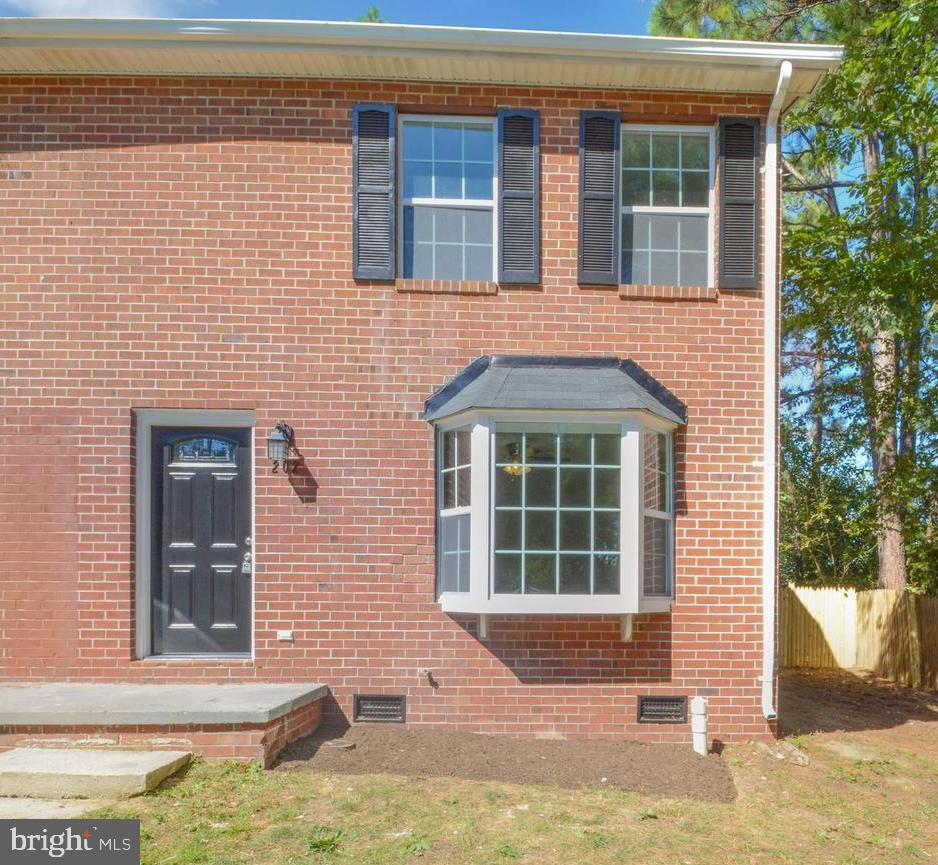 Photo of 202 Carroll Dr