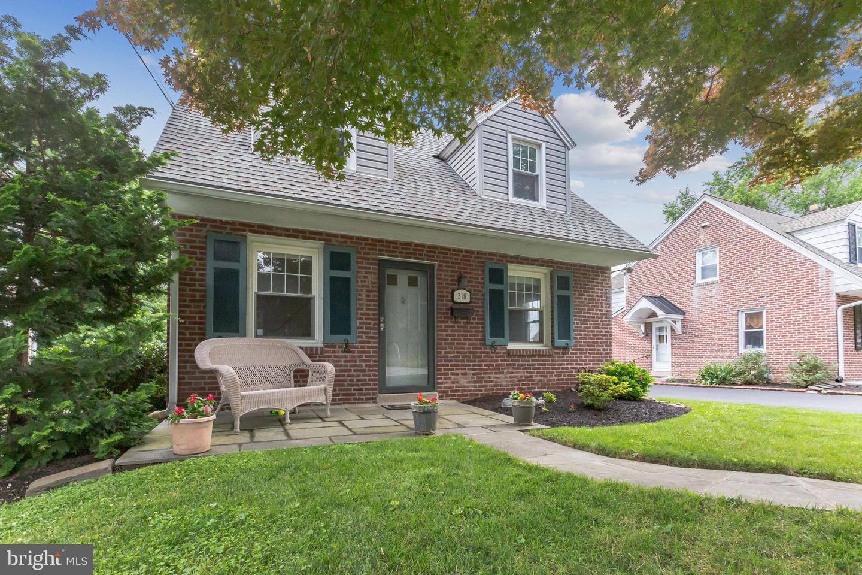 318 E Spring Avenue Ardmore, PA 19003