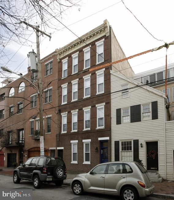 126 Bainbridge Street Philadelphia, PA 19147