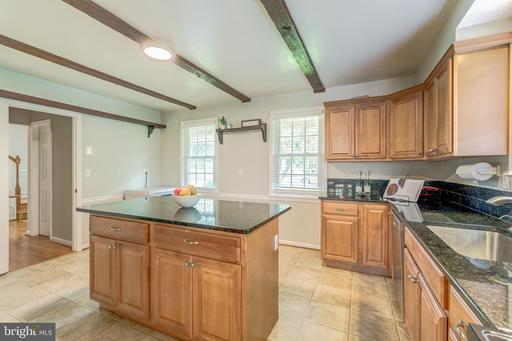 4309 Willow Woods Dr Annandale VA 22003