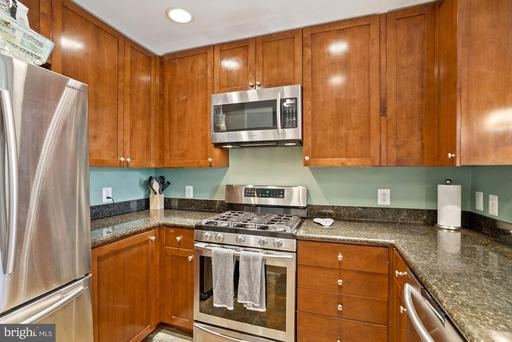 3600 S Glebe Rd #214w, Arlington, VA 22202