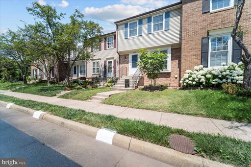5909 Grisby House Ct