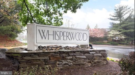 2082 Whisperwood Glen Ln Reston VA 20191