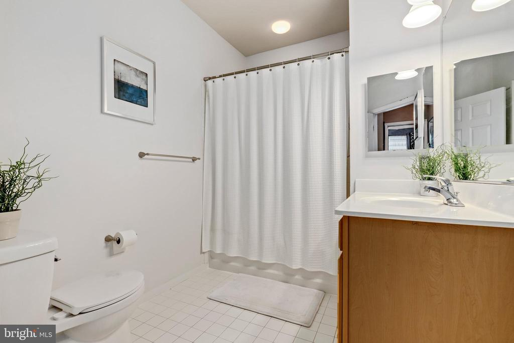 Photo of 2465 Army Navy Dr #1-401