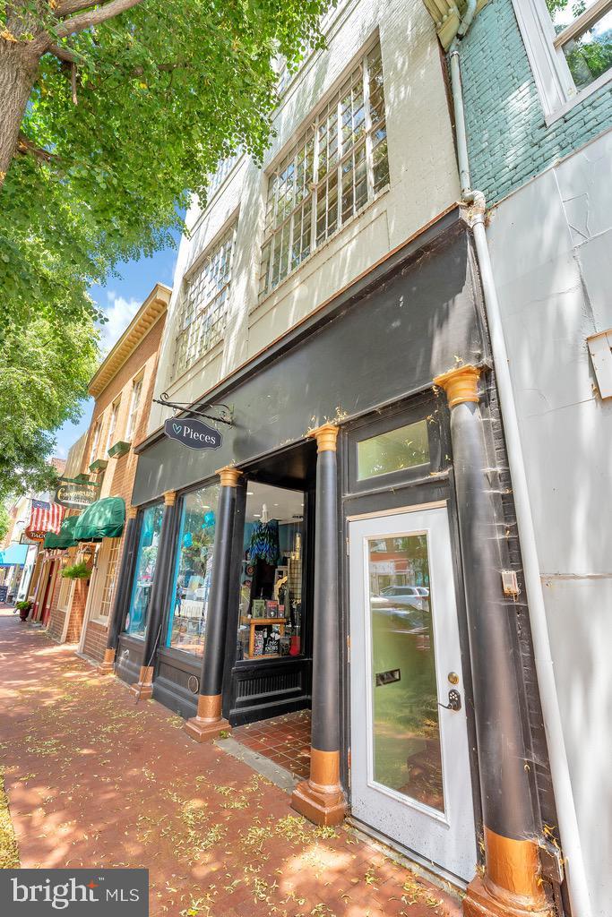 Fredericksburg                                                                      , VA - $1,500,000