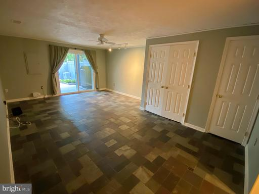 12853 Mill House Ct Woodbridge VA 22192