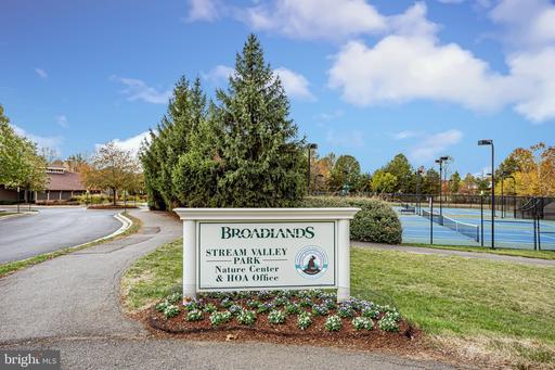 43042 Pallan Ter Broadlands VA 20148