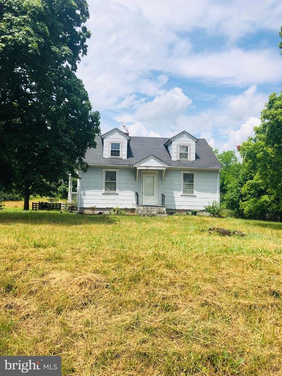 137 Regency Lakes Dr, Winchester, VA 22603