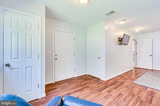 13206 Jasper Rd Fairfax VA 22033