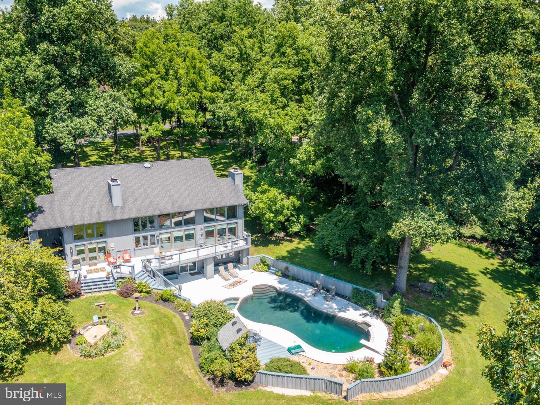 Martinsburg                                                                      , WV - $580,000
