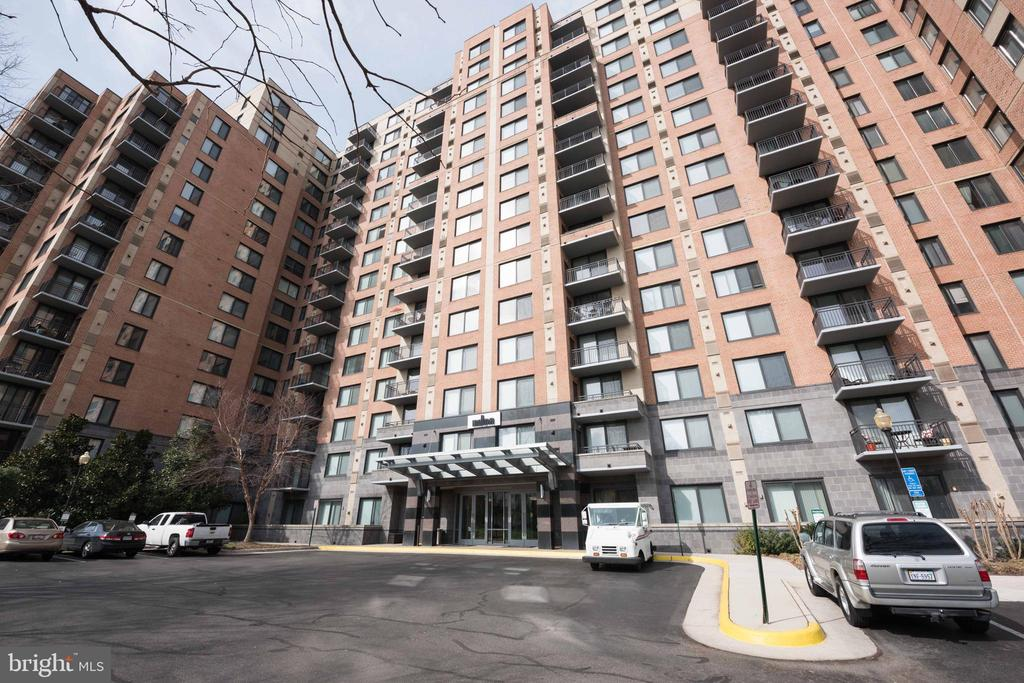 Photo of 2451 Midtown Ave #812