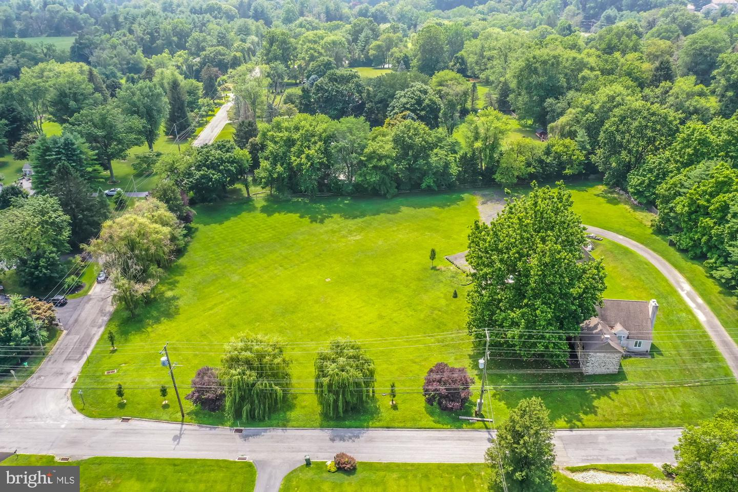 2069 Dutton Mill Road Newtown Square, PA 19073