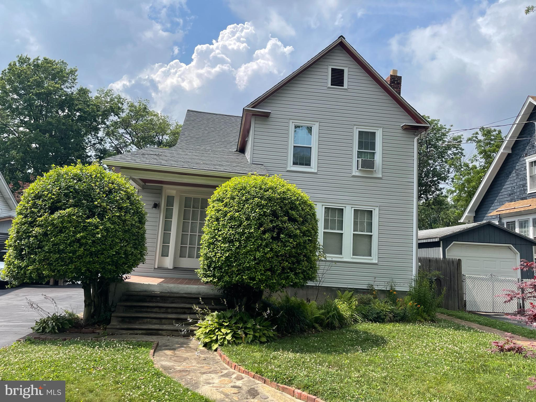 Nice opportunity to own an income producing duplex in Claymont De. Pride of ownership is shown throughout. The seller has updated the kitchen and baths, flooring and roof. There is really nothing left to do. The upstairs tenant is month to month paying $950.00 a month and wishes to stay. The current owner lives in the first floor unit. There is an oversized workshop on the property. This is a chance to purchase an income producing property with two units or live in one unit and continue to rent the other.