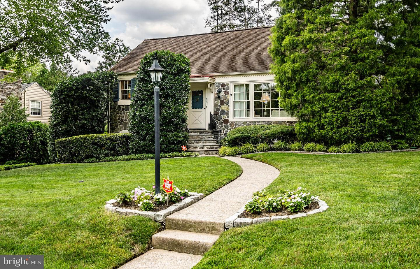 436 Parkview Drive Wynnewood, PA 19096