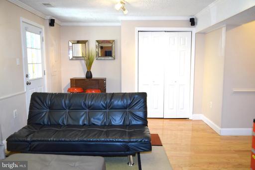 13622 Clarendon Springs Ct Centreville VA 20121