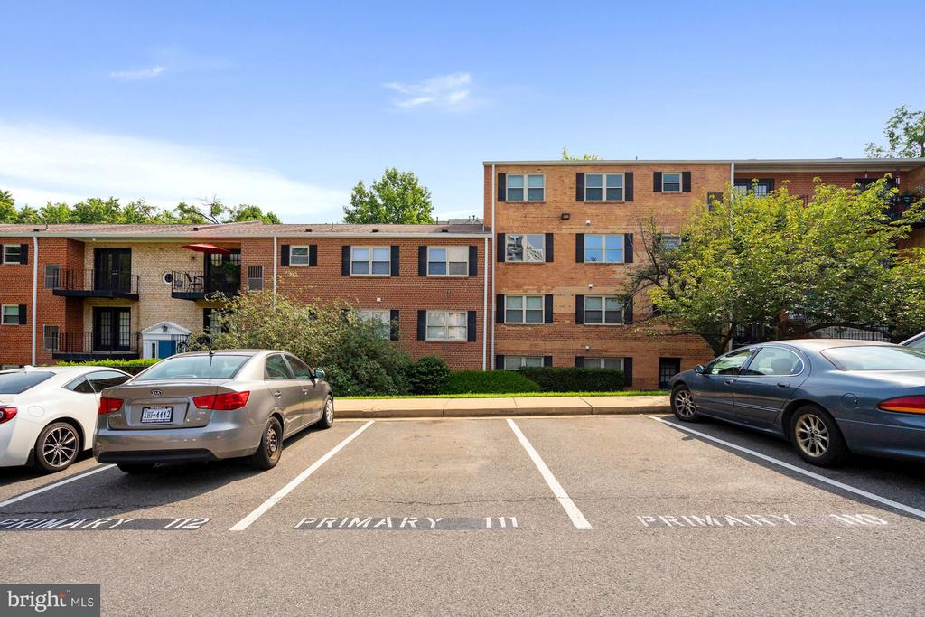 Photo of 5935 Quantrell Ave #T3