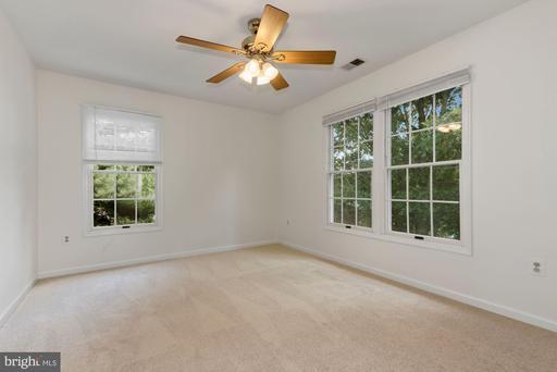 15313 Surrey House Way Centreville VA 20120