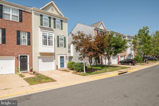 8526 Towne Manor Ct Alexandria VA 22309