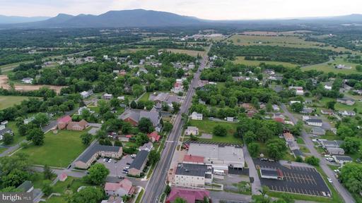 7760 Main St Middletown VA 22645
