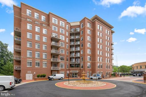 4480 Market Commons Dr #512