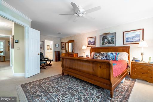 1580 N Colonial Ter Arlington VA 22209