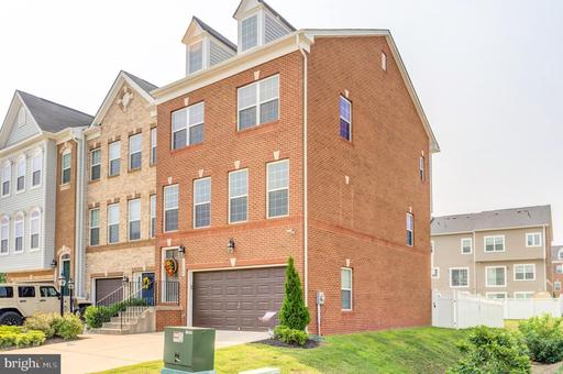 11104 SIWANOY PLACE, WHIT-11104 SIWANOY PL