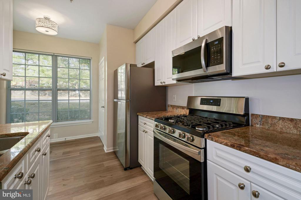 Photo of 5963 Founders Hill Dr #103