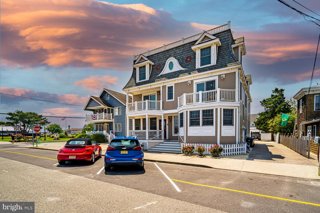 204 Engleside Avenue, Unit A, Beach Haven