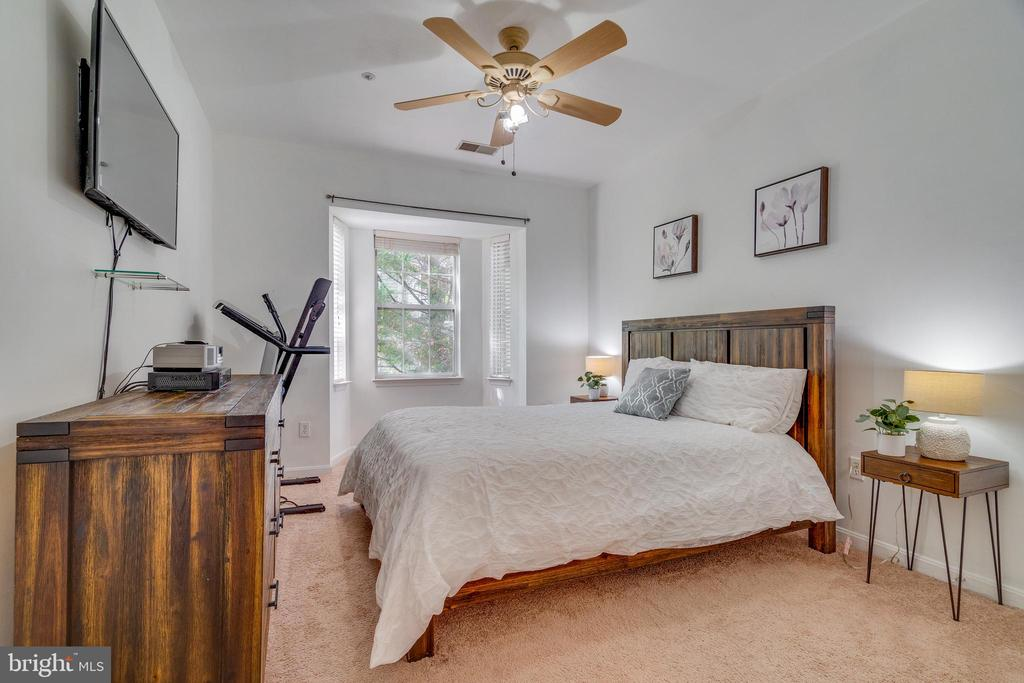 Photo of 5909 Founders Hill Dr #202