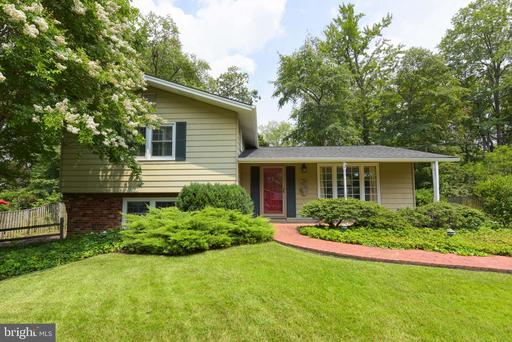 8227 Kings Arm Dr